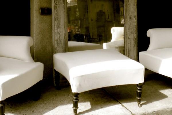 Fåtöljer på Det franska testamentet, inredningsbutik i Stockholm