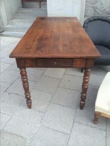 mörka bordet