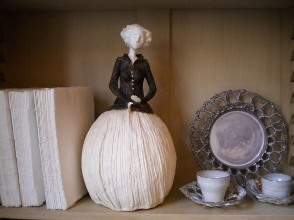 Statyett dam Mademoiselle Clothilde - inredning