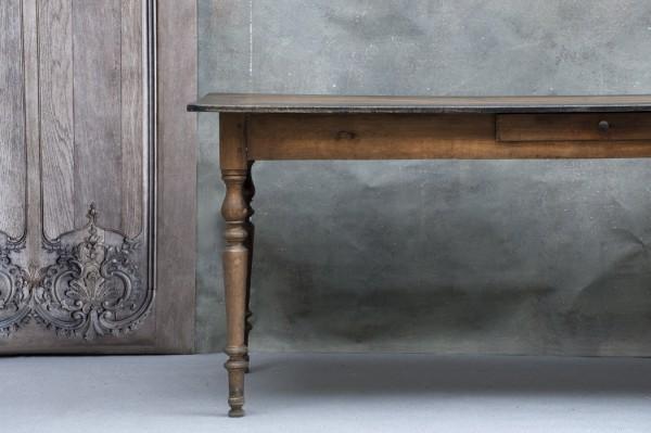 Rustikt matbord från Frankrike - inredning